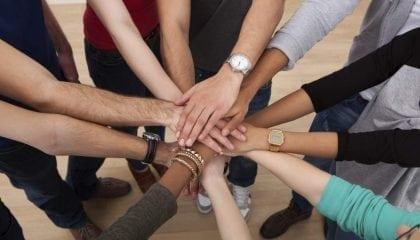 Hands-In Unity Concept 2_Medium__Comp