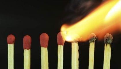 Matches Burning Flame_Medium__Comp